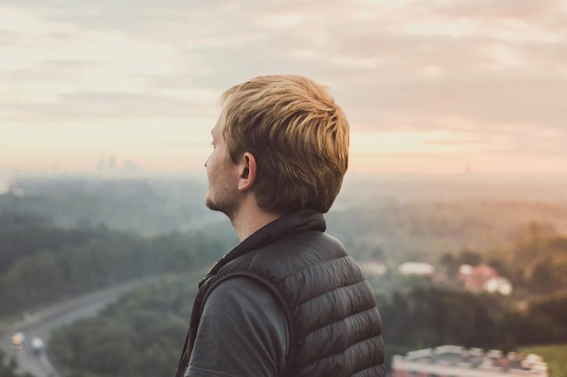 Um olhar sobre o horizonte: Bill Fitzgerald tem hoje uma maior qualidade de vida | Foto: Pexels