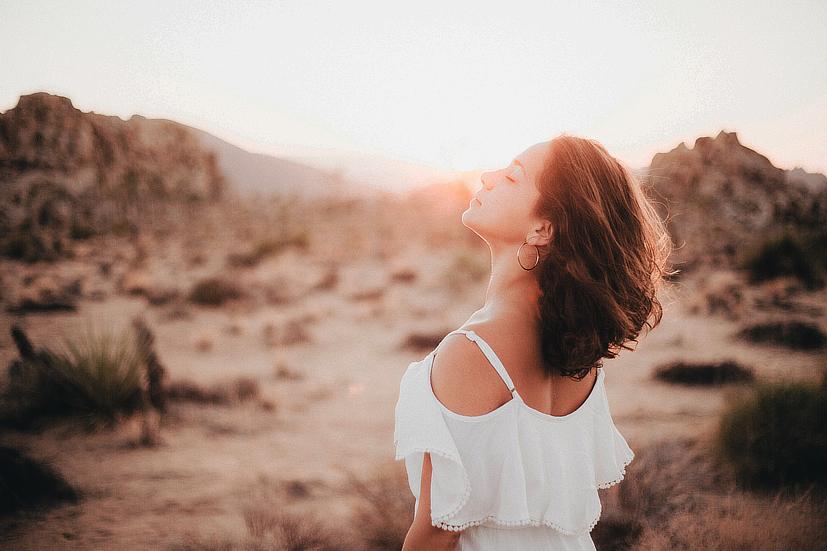 Como um raio de sol: o auto tratamento de Reiki repõe a energia e proporciona equilíbrio | Foto: Pexels
